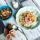 Almond Milk Oat Porridge, Cinnamon Apples, Crunchy Maple Macadamis & Fresh Figs
